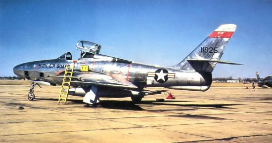 RF-84F s/n 51-1925 MI ANG - 107th Tactical Reconnaissance Squadron