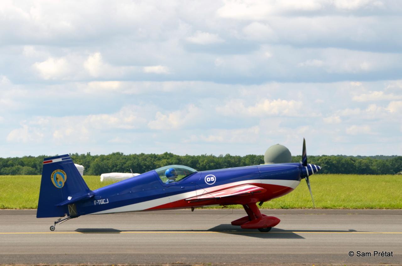 Extra 330 SC EVA Armée de l'Air