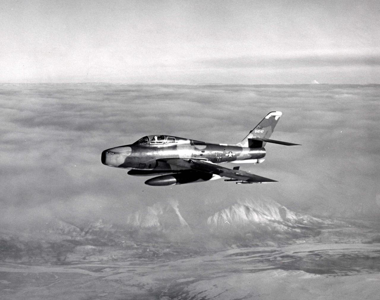 F-84F-25-RE (SN 51-1747) of the 162nd TFS - Minimonde76